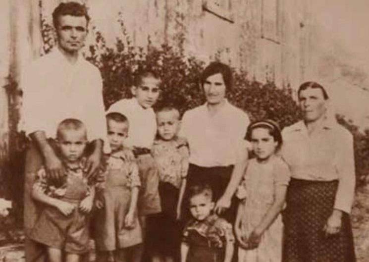 Fresh Farms Historic Family Portrait